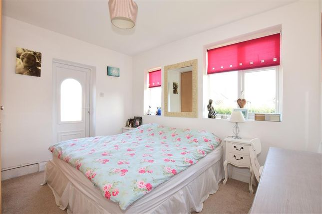 Bedroom 2 of Middle Onslow Close, Ferring, Worthing, West Sussex BN12