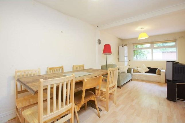 Thumbnail Terraced house to rent in Sussex Way, London