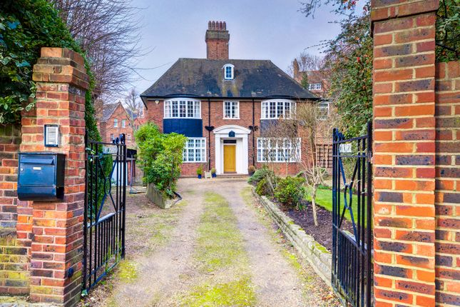 Thumbnail Detached house to rent in Netherhall Gardens, London