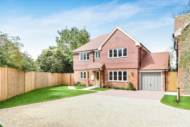 Thumbnail Detached house for sale in Nuffield, Access To Henley, Wallingford And Oxford