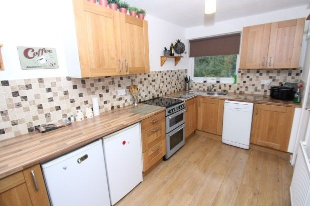 Thumbnail Flat to rent in Silverdale Road, Gatley, Cheadle