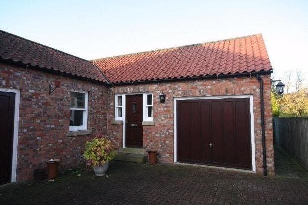 Thumbnail Bungalow to rent in Enclosure Gardens, Heslington, York