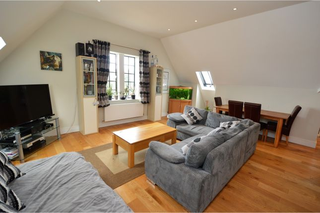 Thumbnail Flat for sale in The Galleries, Brentwood
