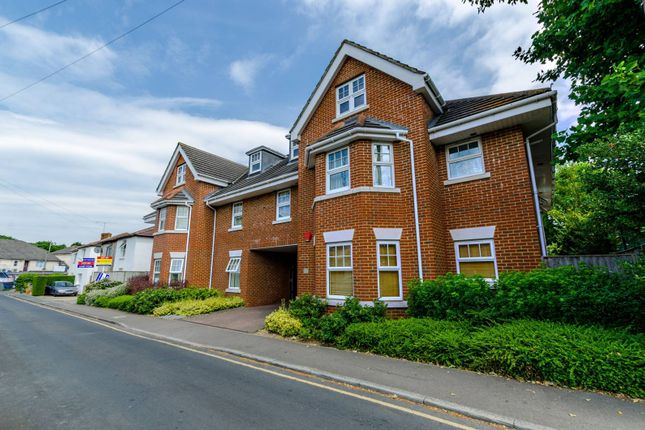 Thumbnail Flat for sale in The Villas, Portugal Road, Woking
