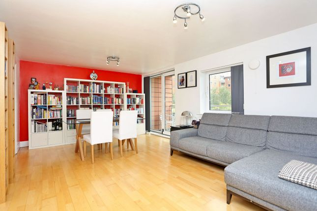 2 bed flat for sale in Holland Gardens, Brentford
