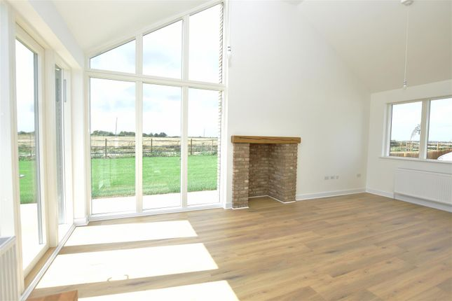 Dining Room of Manor Farm Close, Cliffe, Rochester ME3