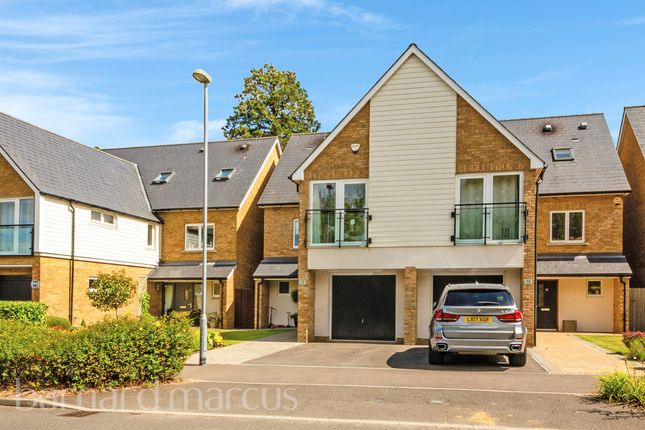 Thumbnail Semi-detached house for sale in Parkview Way, Epsom