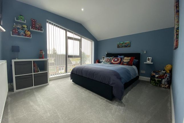 Bedroom of Clydeview, Bothwell, Glasgow G71