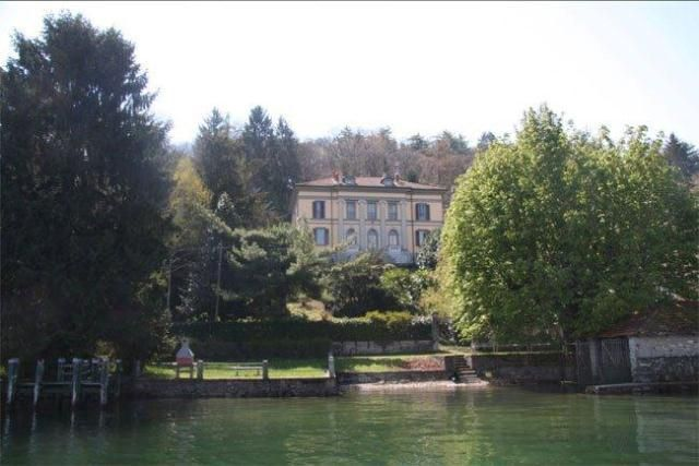 8 bed property for sale in Villa, Lake Orta, Piemonte
