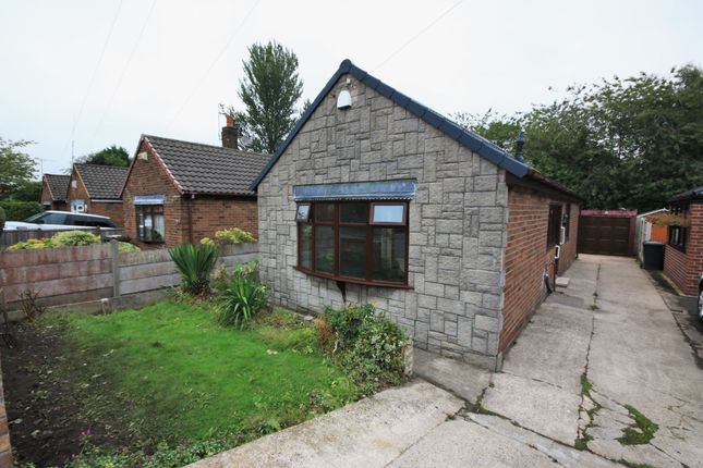 Thumbnail Bungalow to rent in Lakeside Avenue, Billinge, Wigan