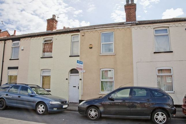 Terraced house to rent in Sincil Bank, Lincoln