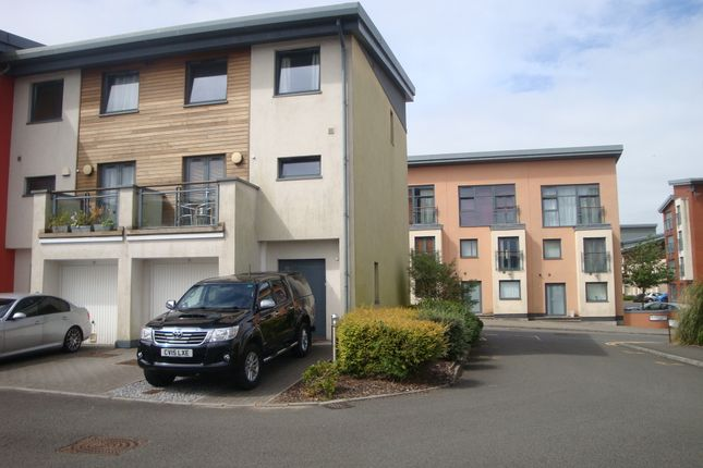Thumbnail Town house to rent in St Catherine's Court, Maritime Quarter, Swansea