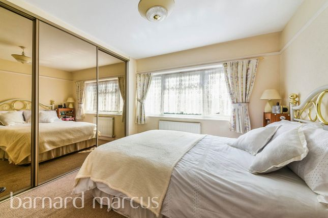 Thumbnail Semi-detached house for sale in Brookside Way, Croydon
