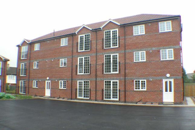 Thumbnail Flat to rent in Nutwell Lane, Armthorpe, Doncaster, South Yorkshire