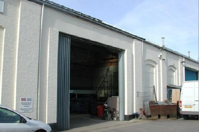Thumbnail Industrial to let in Unit 4H Barton Park Industrial Estate, Chickenhall Lane, Eastleigh