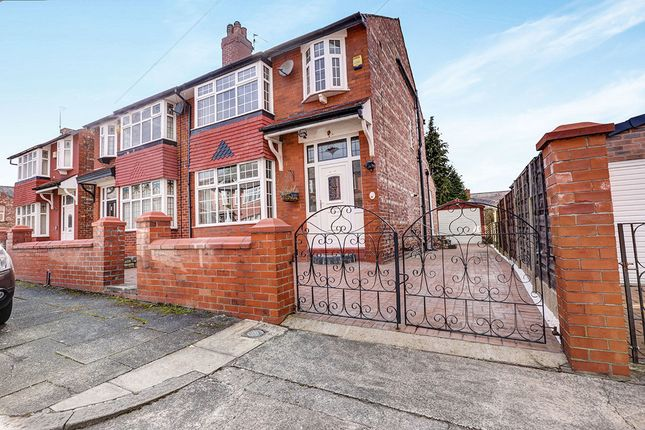 Thumbnail Semi-detached house to rent in Stockton Avenue, Stockport