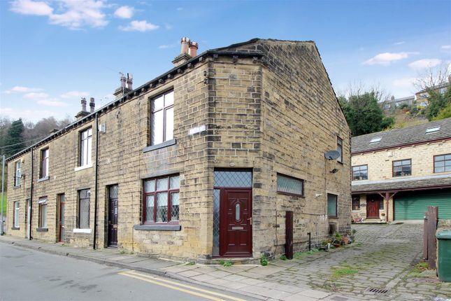 Thumbnail Town house to rent in Green Road, Baildon, Shipley