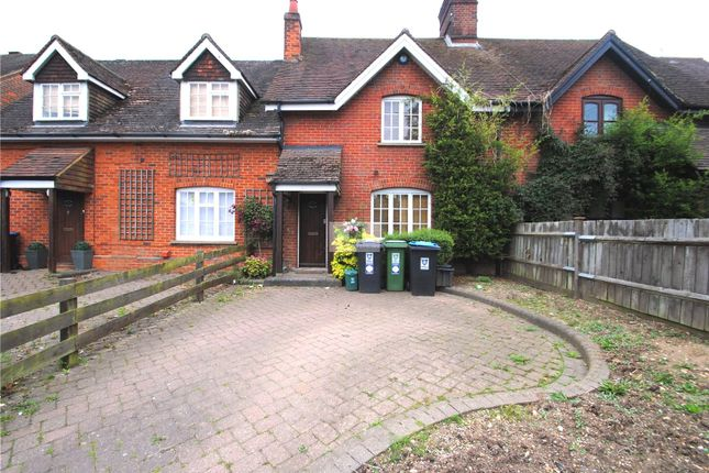 Thumbnail End terrace house to rent in Highfields, Love Lane, Kings Langley