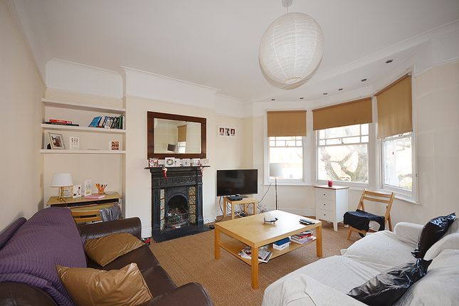 Thumbnail Flat to rent in Rathcoole Avenue, Crouch End, London