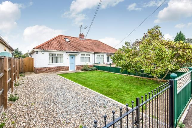 Thumbnail Bungalow for sale in Thorpe St Andrew, Norwich, Norfolk