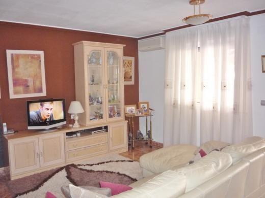 2 bed bungalow for sale in Calle Covadonga, Los Balcones, Torrevieja, Alicante, Valencia, Spain