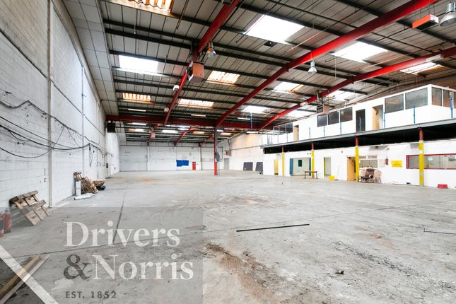Thumbnail Industrial to let in Garman Road, London
