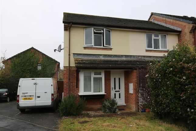 Thumbnail Detached house to rent in Camfield Drive, Tiverton