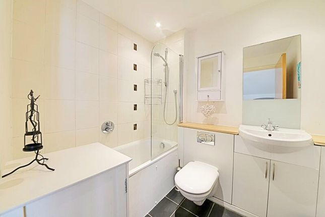 Thumbnail Terraced house for sale in Artisan Mews, London