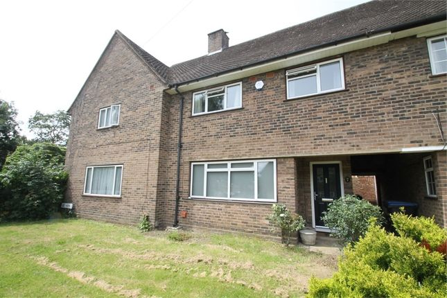 Thumbnail Terraced house to rent in Lee View, Enfield