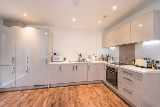Thumbnail Flat for sale in 1B Hainault Road, London