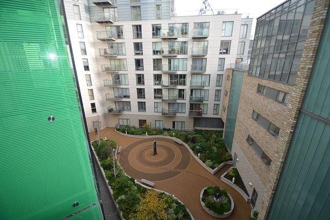 Avante Garde of Avant-Garde, Shoreditch, London E1