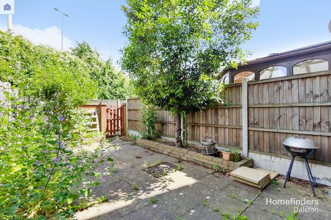 Photo 3 of Torrington Place, London E1W