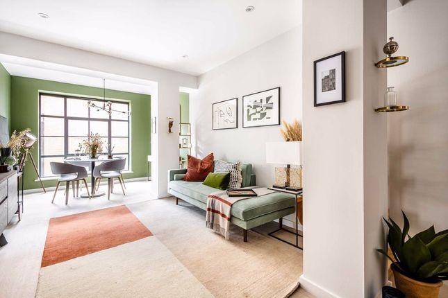 Thumbnail Flat for sale in Osborn Street, London