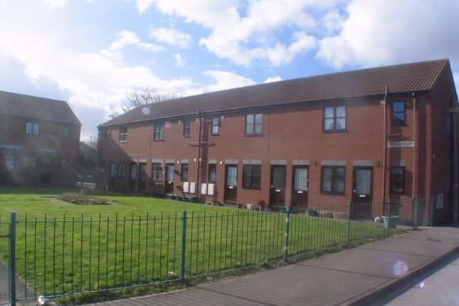 Thumbnail Flat to rent in Scott Gardens, Withernsea, East Riding Of Yorkshire