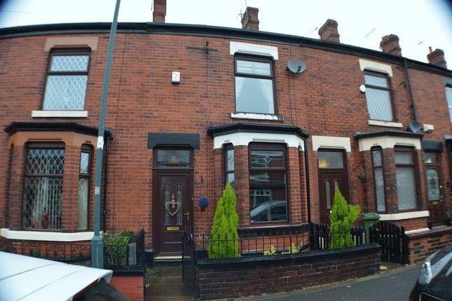 Thumbnail Terraced house to rent in Lodge Lane, Hyde