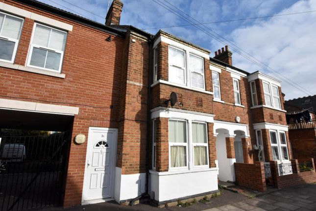 1 bed maisonette to rent in Aspley Road, Bedford