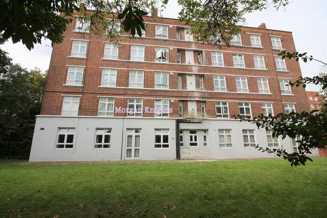 5 bed flat for sale in Cazenove Road, London N16