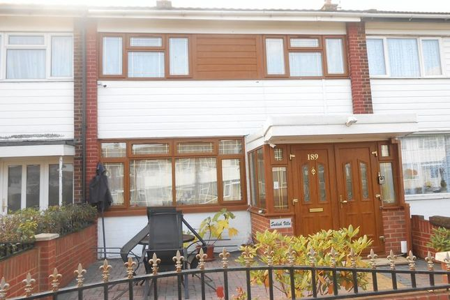 Thumbnail Room to rent in Humber Way, Langley, Slough