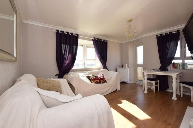 Thumbnail Flat for sale in Wallers Close, Woodford Green, Essex