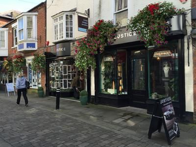 Thumbnail Retail premises to let in 80 / 81 Parchment Street, Winchester, Hampshire