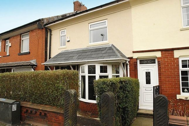 Thumbnail Terraced house to rent in Rochdale Road, Royton