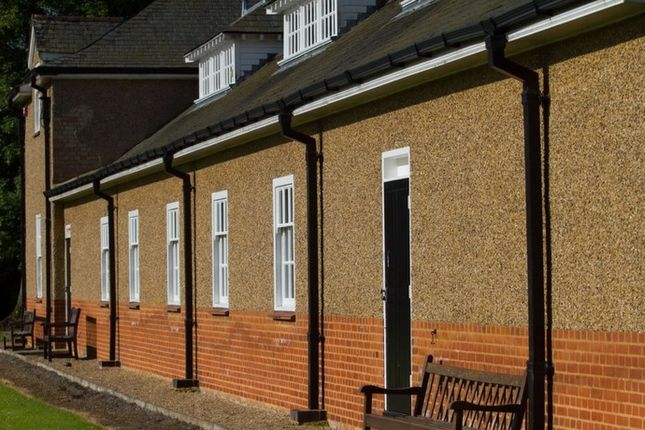 Thumbnail Hotel/guest house for sale in Warre Close, Warwickshire