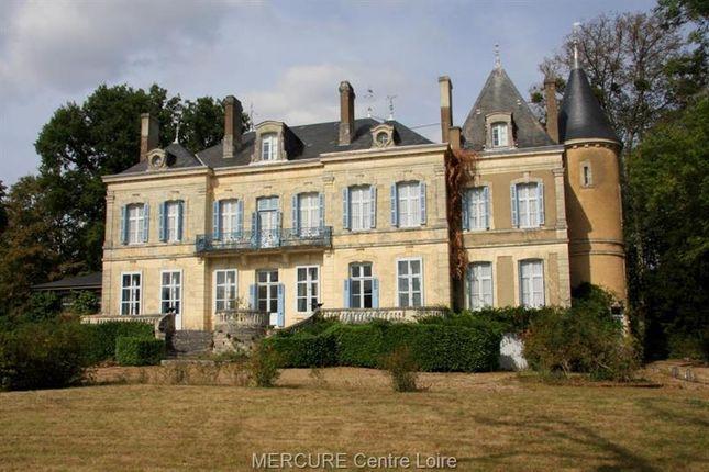 Thumbnail Property for sale in La Chartre, Centre, 36400, France