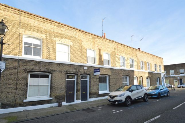 Thumbnail Terraced house to rent in Quilter Street, Shoreditch