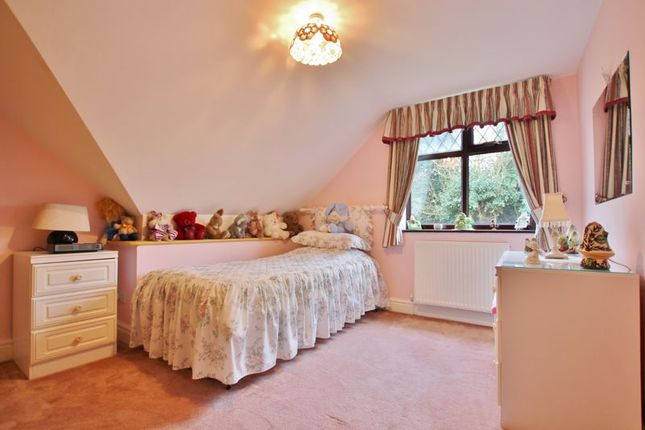 Photo 26 of Woodlands Drive, Barnston, Wirral CH61