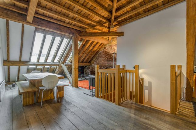 Thumbnail Flat to rent in Port East Apartments, Canary Wharf