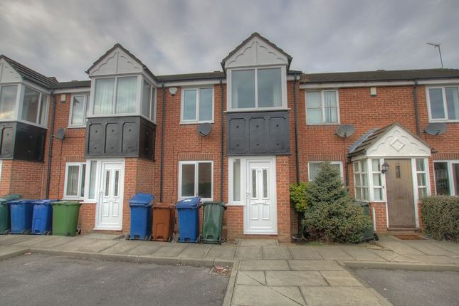 3 bed terraced house to rent in Friars Way, Fenham, Newcastle Upon Tyne