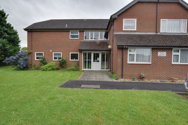 Thumbnail Flat for sale in Ruskin Court, Newport Pagnell
