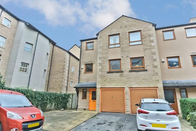 Thumbnail Semi-detached house to rent in Waterside, Lancaster