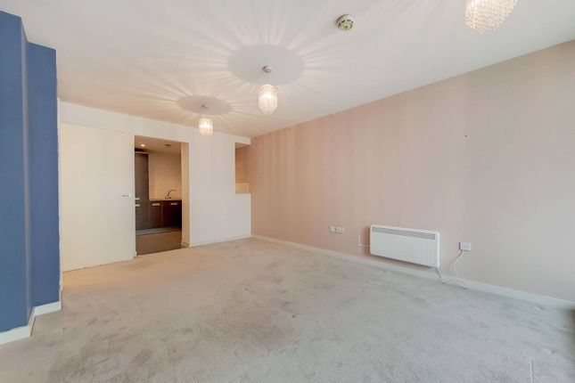 Thumbnail Flat to rent in Osiers Road, Wandsworth, London